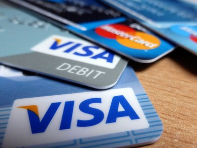 The Pros and Cons of Betting with Credit Card