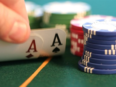 Bug on Minted Poker Exposes Opponent Mucked Hole Cards Without Showdown | Pokerfuse