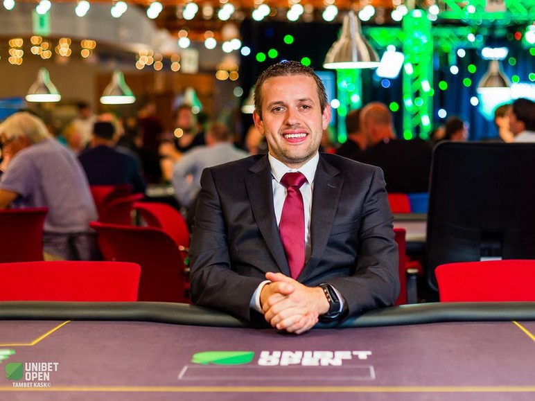 We recently caught up with Kenny Hallaert, the Tournament Director that made the 2016 World Series of Poker Main Event Final Table, while he was acting as the…
