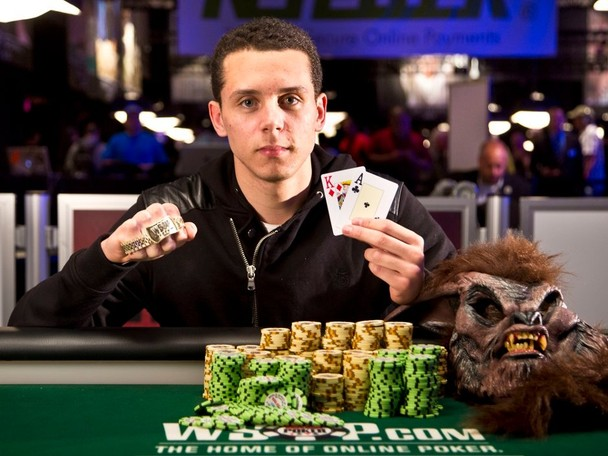 Highlights of the day's action at the WSOP.