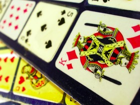 Failures in the French market hold a lesson for land-based casino operators looking to expand into the online poker space
