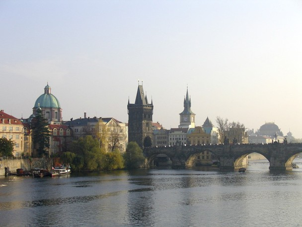 The EPT Prague got underway Sunday with its first event, the Main Event of PokerStars' Eastern European poker tour Eureka!