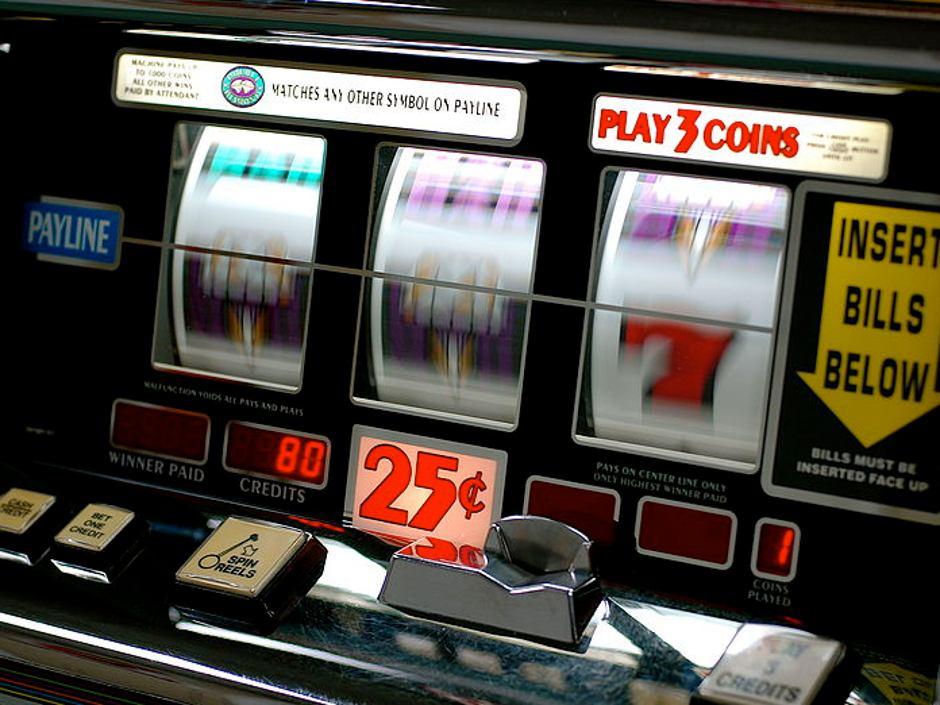 poker mesin slot casino