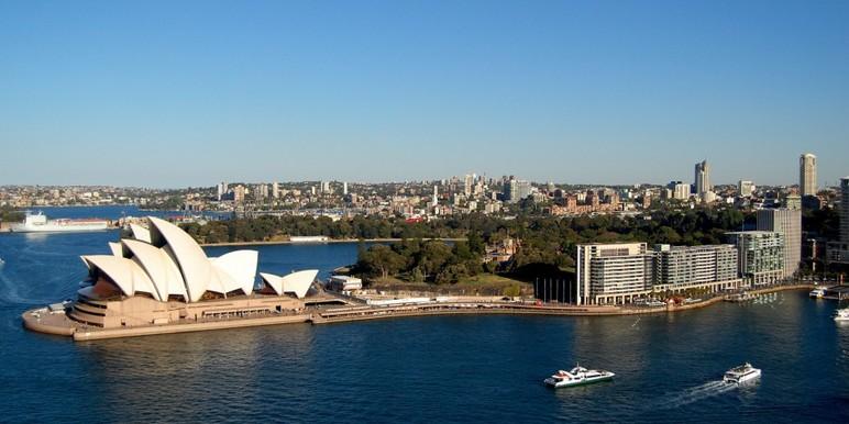 Is online poker illegal in australia