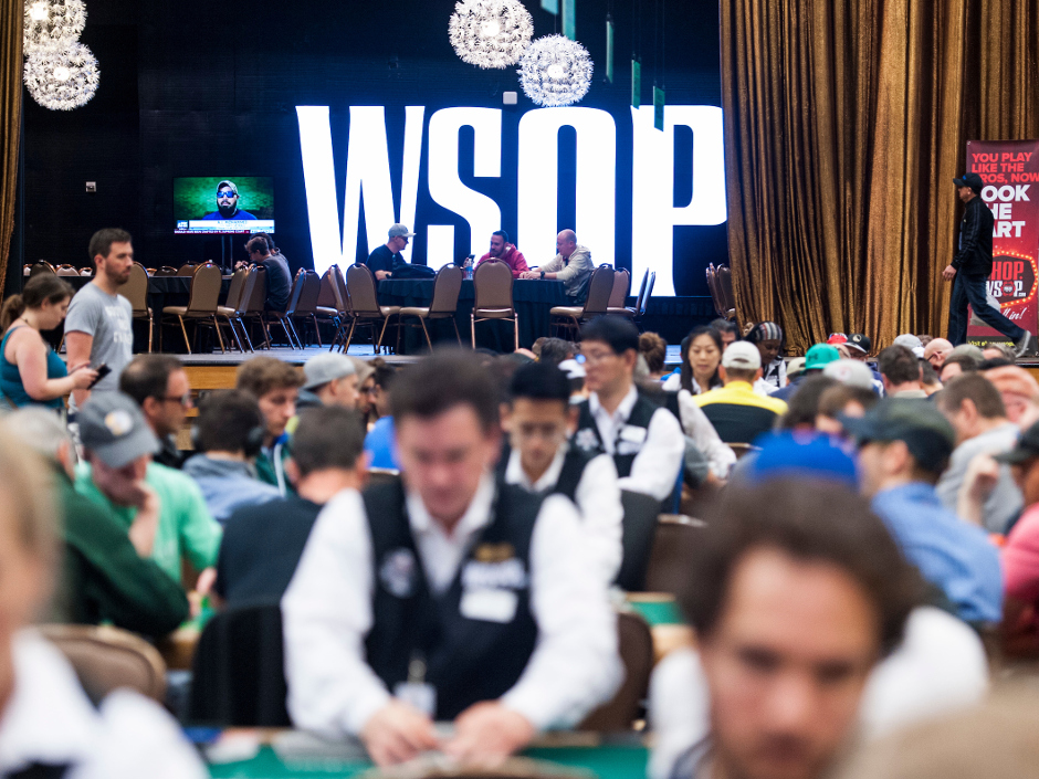 For three years running, the World Series of Poker's mega bracelet event, Colossus, has been the largest tournament of the summer. In its first year, the…